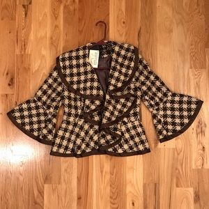 Beautiful Brown and Tan Houndstooth Jacket